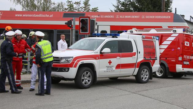 Mutter von Zug erfasst und mitgeschleift - tot (Bild: laumat.at/Matthias Lauber)