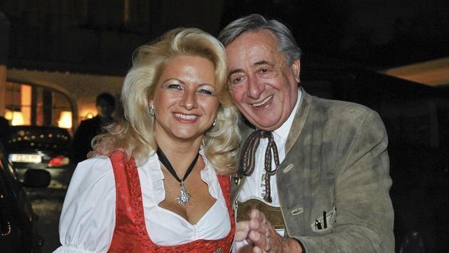 """Von Ende 2008 bis Anfang 2009 zeigte sich """"Mörtel"""" mit Sonja """"Käfer"""" Schönanger. (Bild: APA/Herbert Neubauer)"""