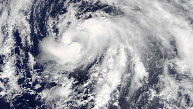 """Der Wirbelsturm """"Nicole"""", fotografiert von einem Satelliten (Bild: AFP/NASA)"""