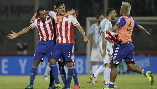 Argentinien bangt um WM-Teilnahme, Brasilien stark (Bild: AP)