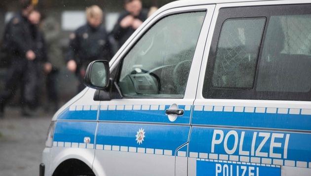 Flüchtling trat in Kinderwagen - Mädchen verletzt (Bild: APA/AFP/dpa/Bernd Thissen)