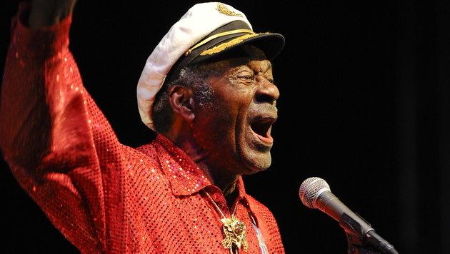 "Rock-""n""-Roll-Legende Chuck Berry wird 90 (Bild: Tannen Maury/EPA)"