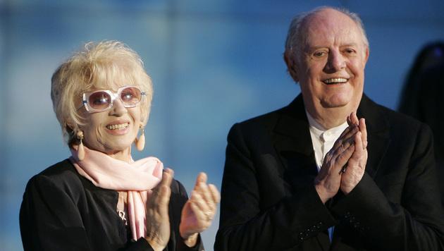 Dario Fo mit seiner Frau Franca Rame im Jahr 2009 (Bild: AP)