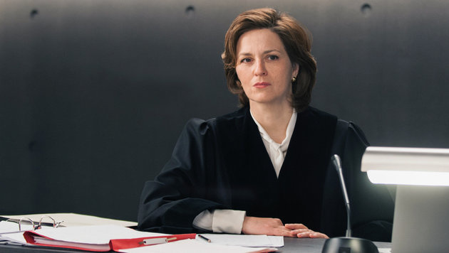 Martina Gedeck als Staatsanwältin (Bild: ORF/Degeto/Julia Terjung)