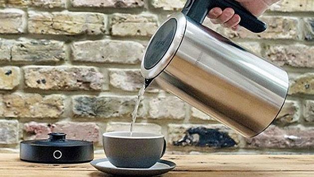 Brite kämpft elf Stunden mit WLAN-Wasserkocher (Bild: instagram.com/smarter.am)