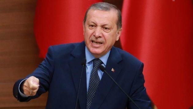 Erdogan will seine Truppen aus dem Irak nicht abziehen und riskiert eine weitere Eskalation. (Bild: APA/AFP/ADEM ALTAN)