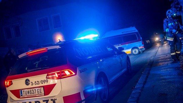 CO-Austritt - Bewusstloser aus Haus gerettet (Bild: Daniel Wirth/Freiwillige Feuerwehr der Stadt Bad Vöslau)