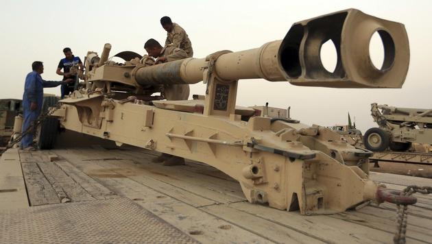 Rüsten für Sturm auf IS-Bastion Mossul (Bild: AP)