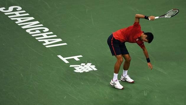 Schläger zertrümmert! Wütender Djokovic out (Bild: AFP or licensors)
