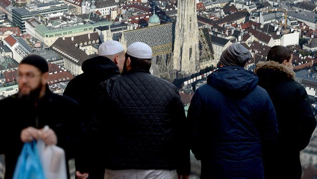 """Radikale Muslime? """"Hab auch Freunde im Krieg"""" (Bild: APA/HELMUT FOHRINGER, APA/dpa/Monika Skolimowska)"""