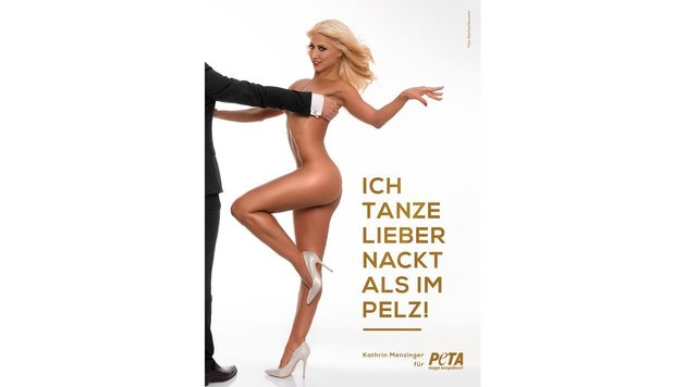Profi-Tänzerin Menzinger zieht für PeTA blank. (Bild: PeTA)