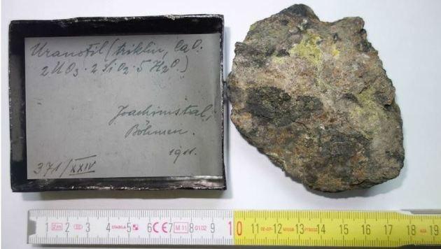 Urangestein-Probe aus dem tschechischen Sankt Joachimstal (Bild: Peter Machart)