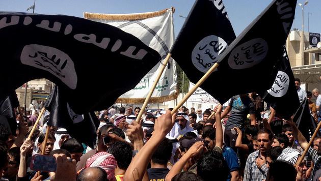 Wie der IS im Web seine Unterstützer radikalisiert (Bild: AFP/STR)