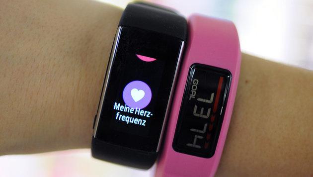 Darum helfen Fitness-Tracker nicht beim Abnehmen (Bild: APA/dpa/Michel Winde)