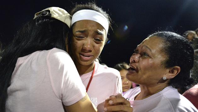 Tausende trauern um getötete Tochter von Tyson Gay (Bild: AP)