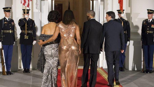 Michelle Obama mit Agnese Landini (Bild: EPA)