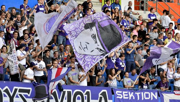 Rauferei: Drei Austria-Fans in Rom festgenommen (Bild: APA/HERBERT PFARRHOFER)