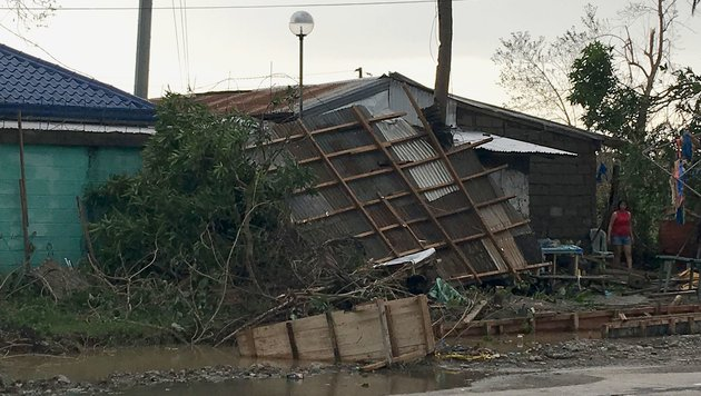 Schwere Schäden durch Taifun auf den Philippinen (Bild: AFP/Stringer)