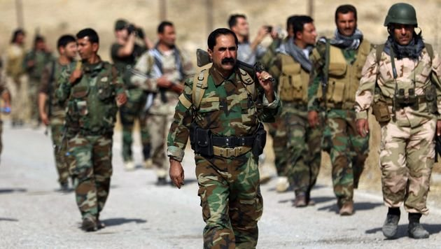 Kurdische Peschmerga-Kämpfer (Bild: APA/AFP/SAFIN HAMED)