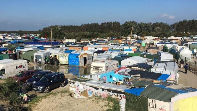 """Frankreich räumt ab Montag """"Dschungel von Calais"""" (Bild: APA/AFP/Denis Charlet)"""