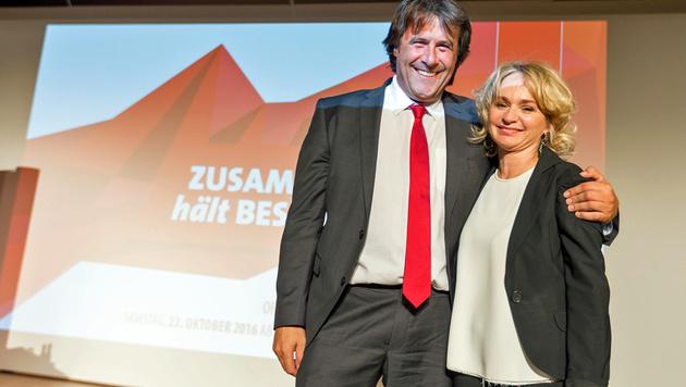 Blanik mit ihrem Vorgänger Mayr (Bild: APA/EXPA/JAKOB GRUBER)