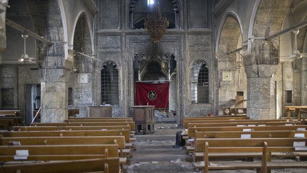 Die Kirche in Bartella ist durch die IS-Herrschaft arg in Mitleidenschaft gezogen worden. (Bild: ASSOCIATED PRESS)