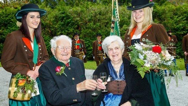 Eva und Helmut Mörwald feierten am Samstag in Tenneck Diamantene Hochzeit. (Bild: Gerhard Schiel)
