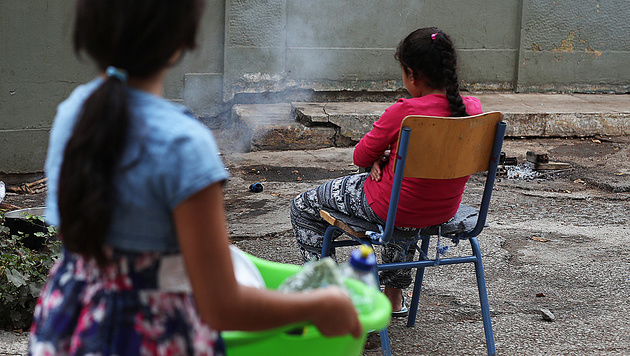 BBC: Flüchtlingskinder nähen unsere Billig-Mode (Bild: AP)