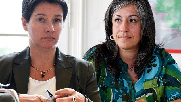 Die Wiener Stadträtinnen Sonja Wehsely (li.) und Maria Vassilakou (Bild: Klemens Groh, APA/HERBERT P. OCZERET)