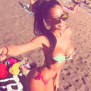 Kurios: Sexy Spielerfrau kriegt Shopping-Sperre! (Bild: Instagram.com)