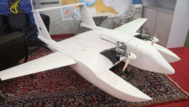 Kamikaze-Drohnen für Irans Revolutionsgarden (Bild: APA/AFP/TASNIM NEWS)
