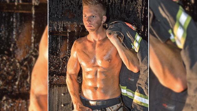 """""""Nackter Feuerwehrmann ist Wiens Frauen-Schwarm (Bild: Fireman""""s Production)"""""""