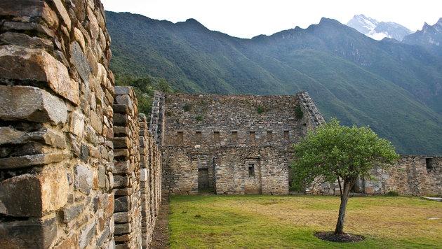 Das peruanische Choquequirao ist von alten Ruinen und mächtigen Bergen geprägt. (Bild: flickr.com/Danielle Pereira)