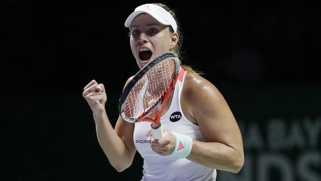 Kerber und Cibulkova im Halbfinale der WTA-Finals (Bild: AP)