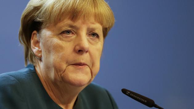 Merkel fordert Offenlegung von Algorithmen (Bild: AP)