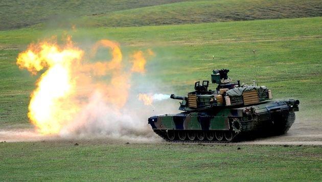 NATO-Übung mit einem US-Kampfpanzer in Georgien (Bild: APA/AFP/VANO SHLAMOV)