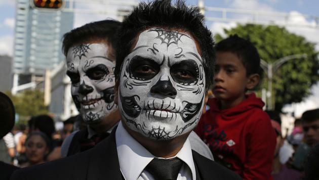 """Tag der Toten"" in Mexiko (Bild: AP)"
