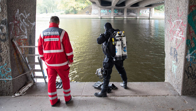 """Unser Soldat"": IS feiert Messermord in Hamburg (Bild: APA/dpa/Daniel Reinhardt)"