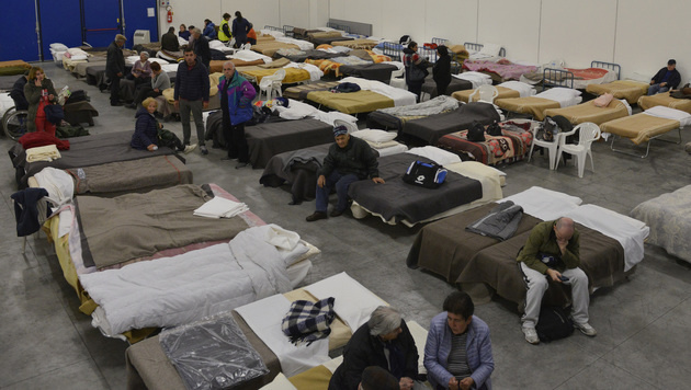 Notschlafstelle in der Gemeinde Caldarola (Bild: AP)