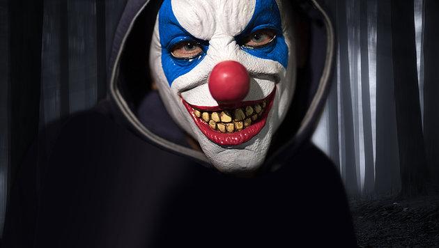 Kärntnerin (18) bei Clown-Überfall schwer verletzt (Bild: thinkstockphotos.de, APA/dpa/Boris Roessler (Symbolbild))