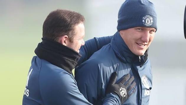 Schweinsteiger wieder im Training bei ManUnited (Bild: facebook.com/Manchester United)