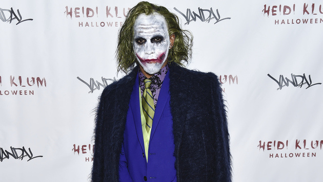 Lewis Hamilton im coolen Joker-Kostüm. (Bild: Getty Images)