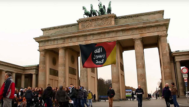 "Absurdes Angst-Video ""krönt"" US-Schlammschlacht (Bild: YouTube.com)"