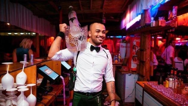 """""""Die schönsten Barkeeper der Wiener Clubs! (Bild: David Pan)"""""""