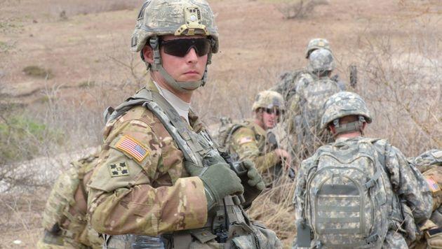 "US-Experte: ""Kims Waffen sind Plastikattrappen"" (Bild: APA/AFP/SEYLLOU)"