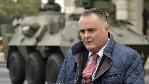 Verteidigungsminister Hans Peter Doskozil (Bild: APA/HANS PUNZ)