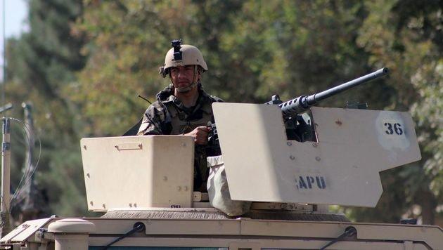 Ein afghanischer Soldat in Kunduz (Bild: APA/AFP/BASHIR KHAN SAFI)