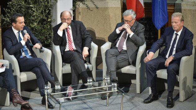 Ernste Mienen bei Kern, Schulz, Juncker und Mitterlehner bei der Diskussion über Europas Zukunft (Bild: APA/Herbert Neubauer)