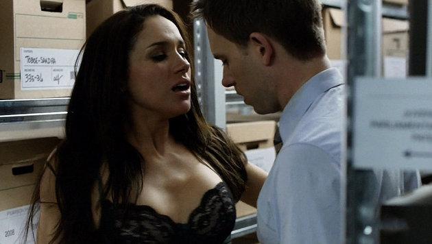 """Meghan Markle in einer Sexszene in der Serie """"Suits"""" (Bild: Viennareport)"""