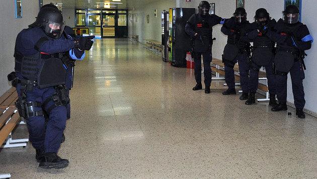 Geiselnahme samt Bombendrohung in Justizanstalt (Bild: Justizanstalt Wien-Josefstadt)
